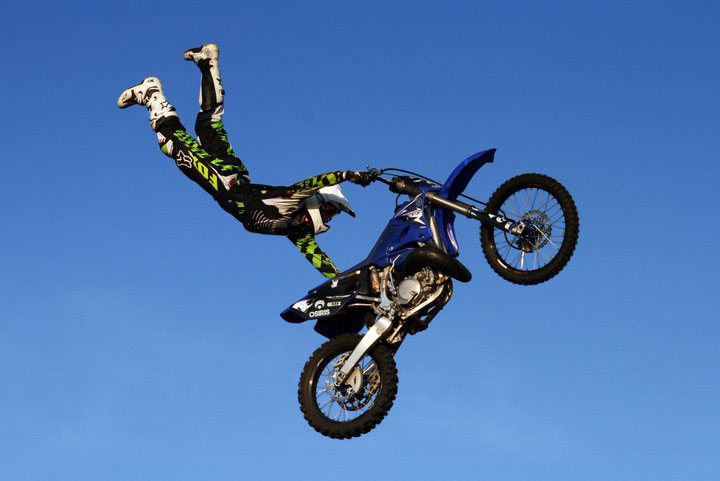 freestyle motocross scott may s daredevil stunt show