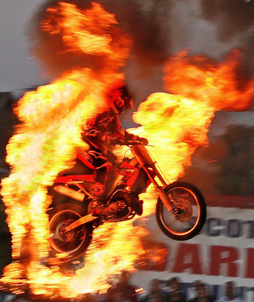 About Scott May Scott May S Daredevil Stunt Show