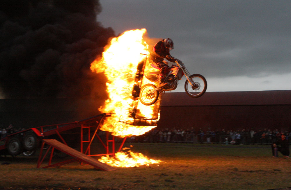 Fire Stunts Scott May S Daredevil Stunt Show